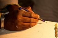 DSC_6887 dettaglio mano disegnatore di sabbia - afnews