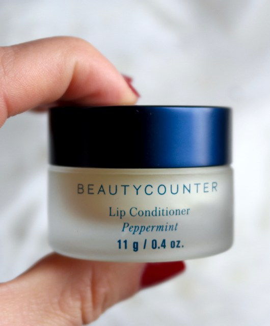 beautycounter lip conditioner