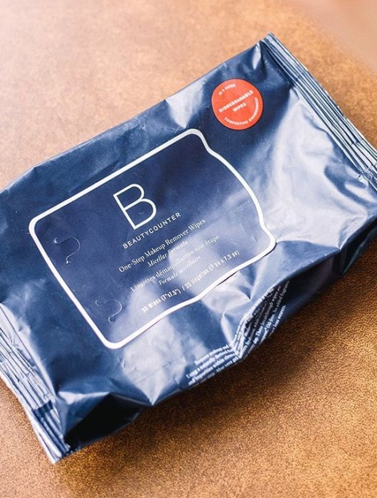 Beautycounter Makeup Remover Wipes Review