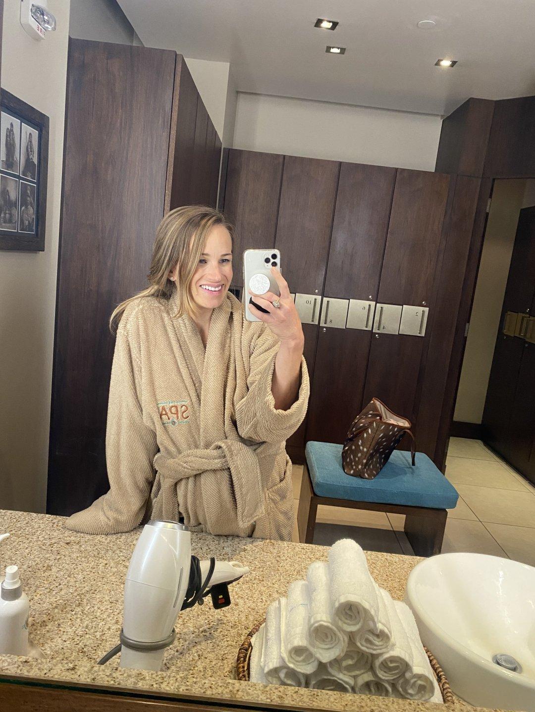 mirror bathrobe selfie