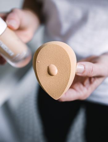 Beautycounter Better Blender Sponge: how to use it and how to clean it