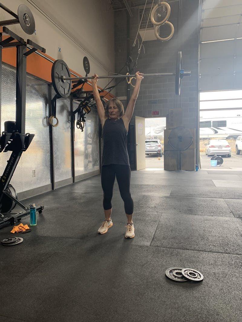 Mom weightlifting