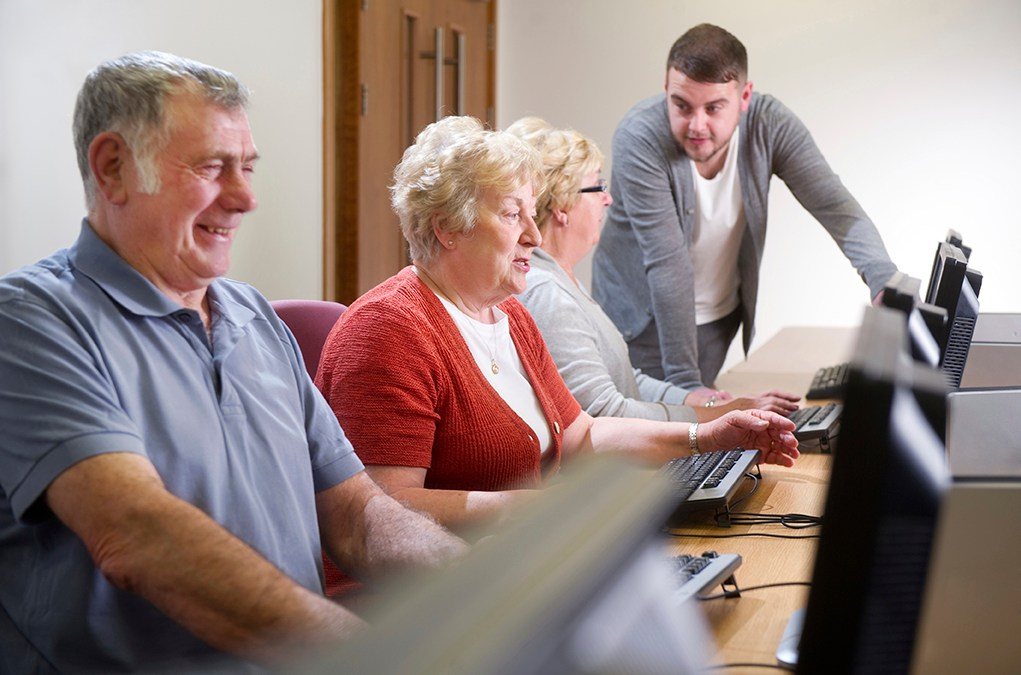 FREE Computer Courses for Seniors