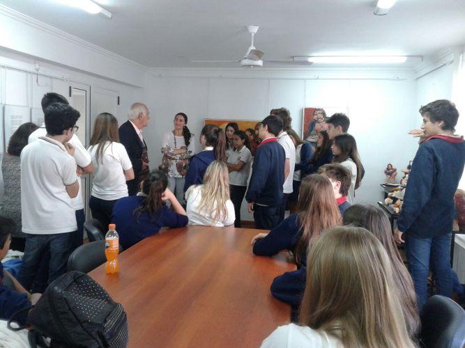 Visita Guiada a la Muestra de Pinturas y cerámicas escultúricas