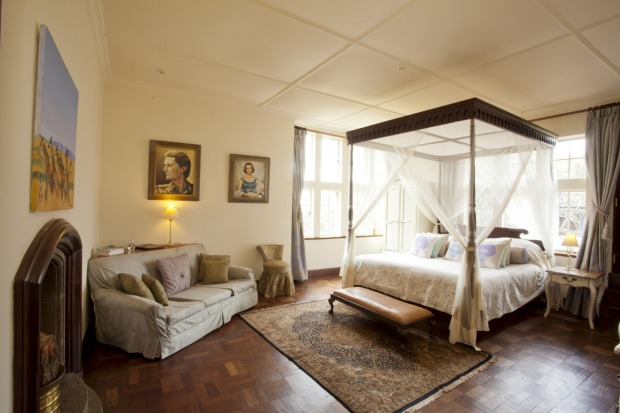 A hotel suite at Giraffe Manor-luxafrique