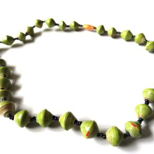 Necklace single Strand 20 Inch Green1