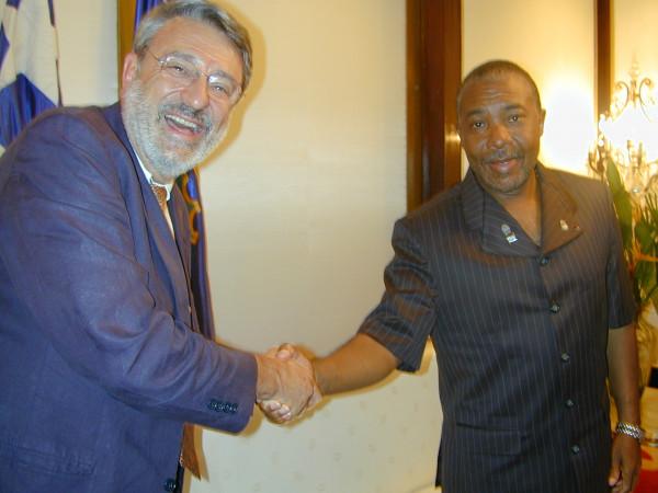 Massimo Alberizzi e Charles Taylor al palazzo presidenziale di Monrovia subito dopo un'intervista