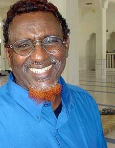 Shek Hassan Aweys ridente