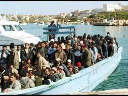 Barcone di profughi