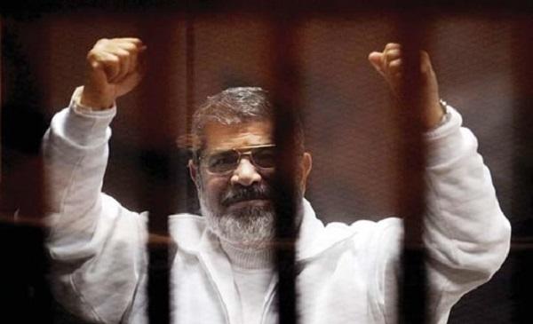 morsi-jailed-