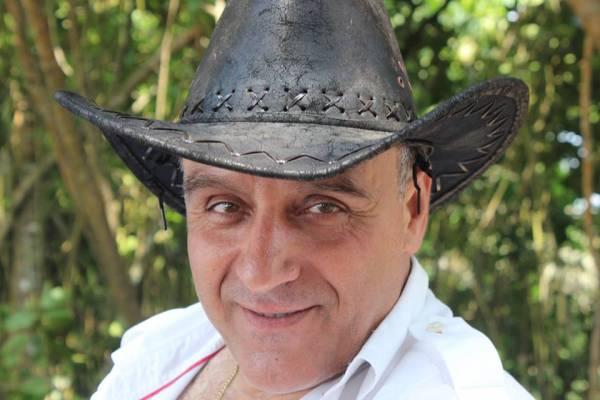 Roberto Berardi con cappello 600