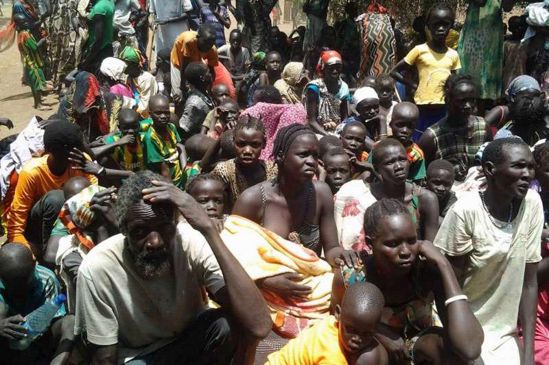 Profughi al confine etiopia