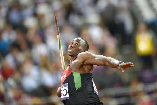 Julius Yego lancia giavellotto