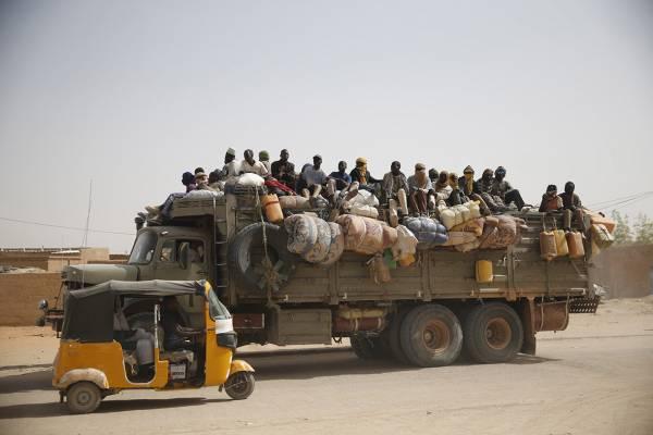 Camion migranti 600