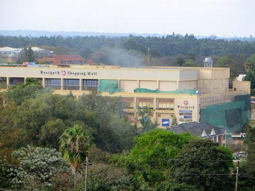 Westgate Mall, a Nairobi, durante l'attacco di Al-Shabaab il 21 settembre 2013