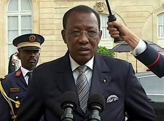 Idriss Deby a Parigi nel 2015