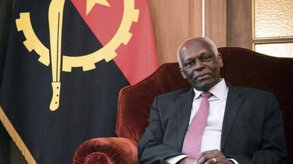 Eduardo Dos Santos, ex presidente dell'Angola