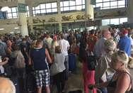 turisti lasciano il Gambia