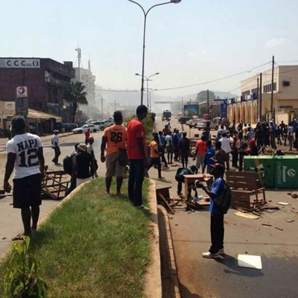 Protesta pacifica in una regione anglofona del Camerun