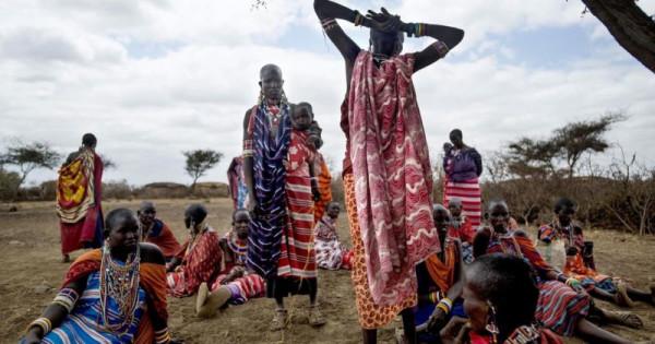 Gruppo di donne della tribù kisii
