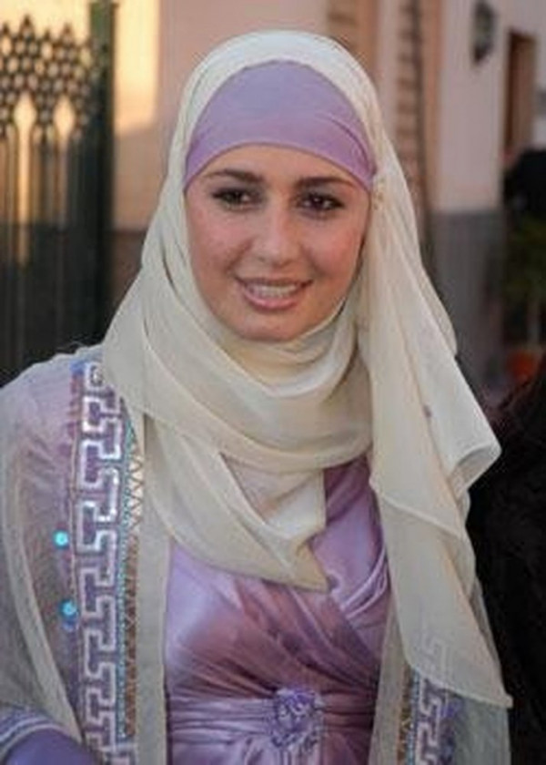 Hala Shiha con velo