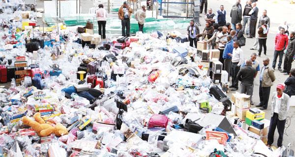 Così l'autorità aeroportuale ha sloggiato Kamlesh Pattni dal duty free di Nairobi, subito dopo la msentenza