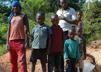 Bambini minatori nella Repubblica Democratica del Congo (Courtesy Amnesty International)
