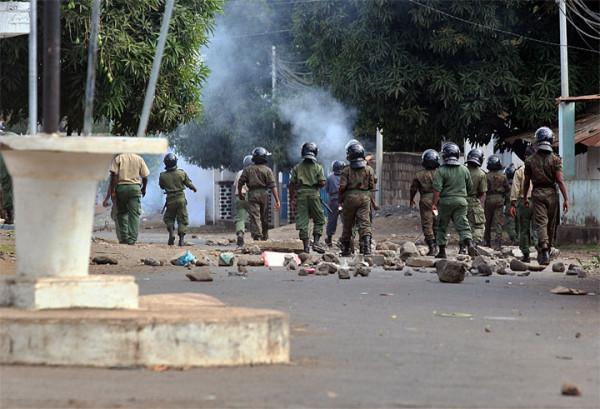 Disordini e scontri a Anjouan, Comore