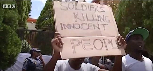 Manifestazione contro la violenza di cittadini zimbabwiani a Pretoria, Sudafrica