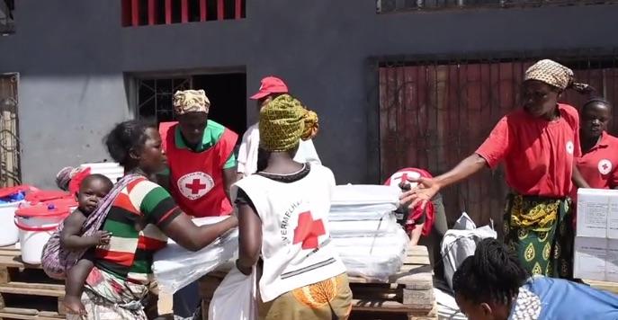 Aiuto alla popolazione di Buzi della Federazione internazionale della Croce Rossa e Mezzaluna Rossa (Courtesy IFRC)