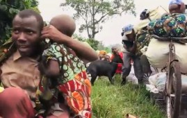 Profughi in fuga dai combattimenti a Cabo Delgado, nord del Mozambico
