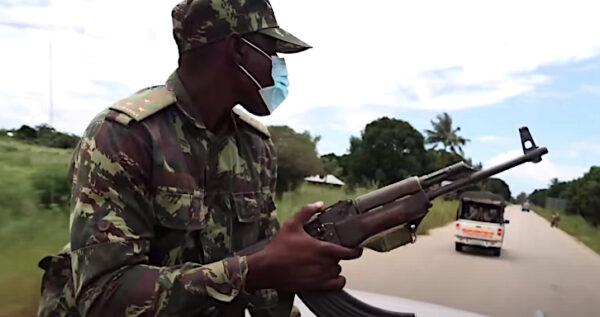 Militare mozambicano a Palma