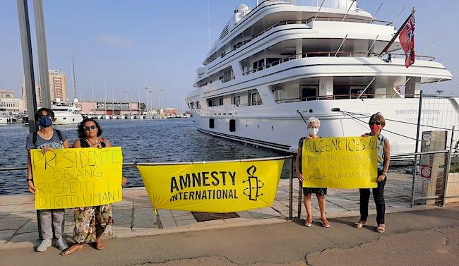 Guinea Equatoriale - manifestazione Amnesty porto Cagliari