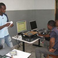 Photos: Construction du Cyber Café