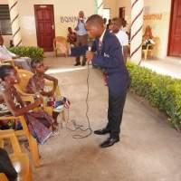 Photos: Raymond- la vie des filles en Afrique