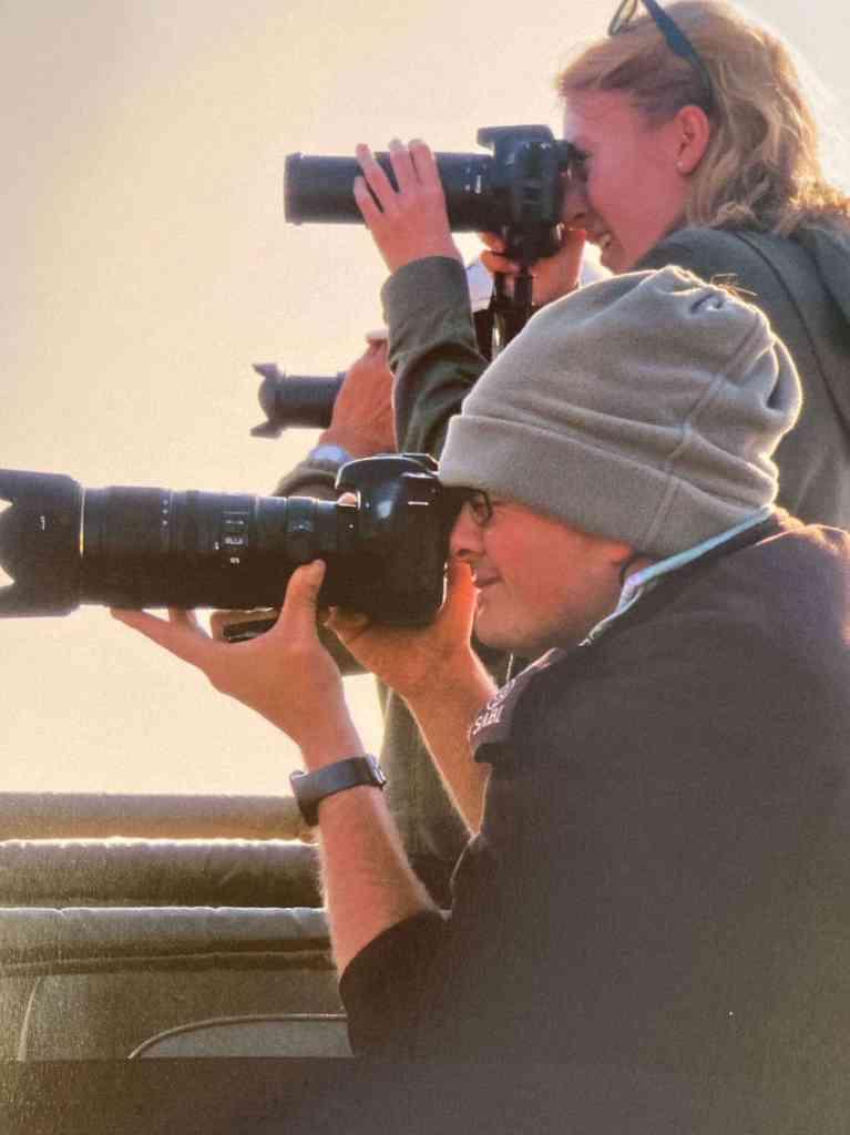 Field Guide Sheldon Hooper giving photographic tips