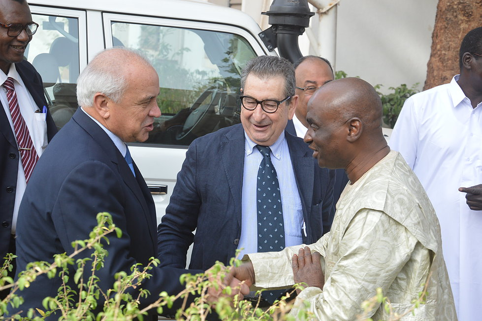 Leandro Negre meeting sports authorities in Mali