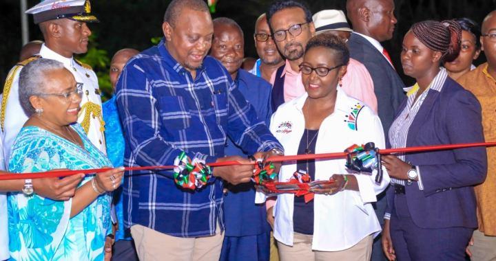 Kenya: le président Kenyatta ouvre officiellement le parc riverain rénové Mama Ngina