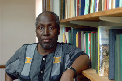 Ngugi wa Thiong'o Talks on Decolonising the Mind in South Africa