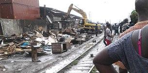 Lagos Demolishes Shanties Along Ijora Railway Line