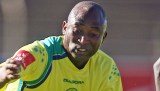 Peter Ndlovu says his prepared to give Mugabe his souvenir national team jersey