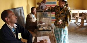 Madagascar Elections – 36 Candidates, 4 (Ex-) Presidents, and a Lot of Money