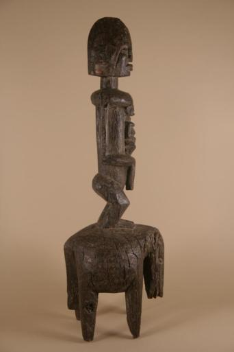 Maternity statue by Dogon