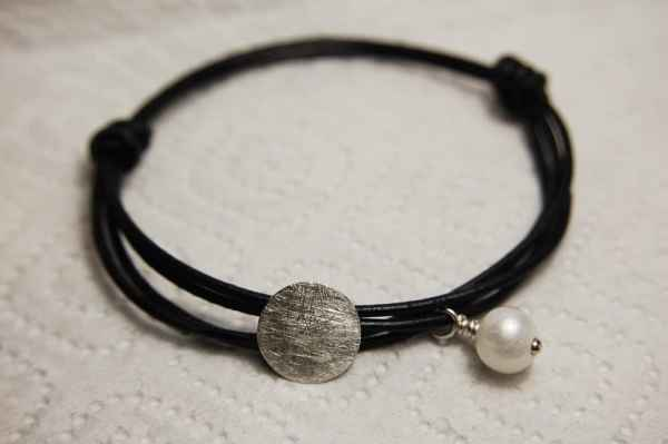 Silver Round Pearl Charm Bracelet