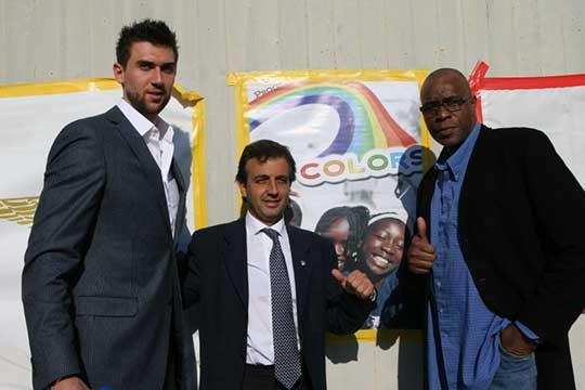 Andrea Bargnani con Simone Santi e Abdul Jeelani