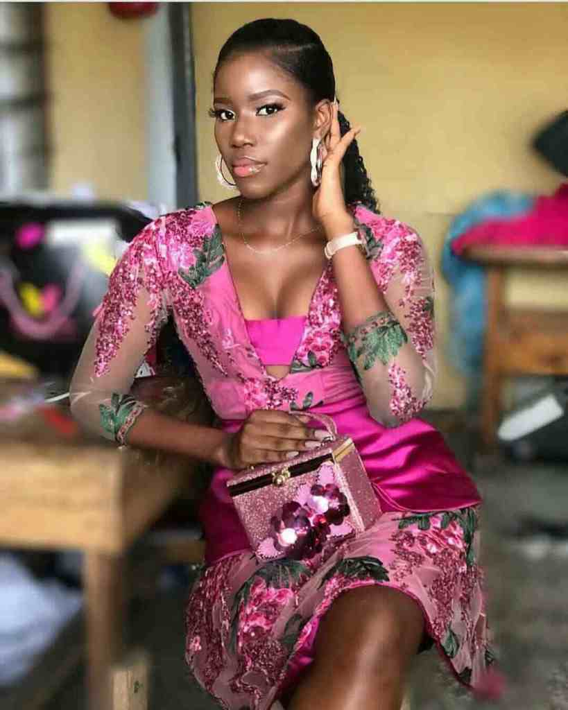 LATEST AND TRENDING NIGERIAN LACE STYLES 2019 19
