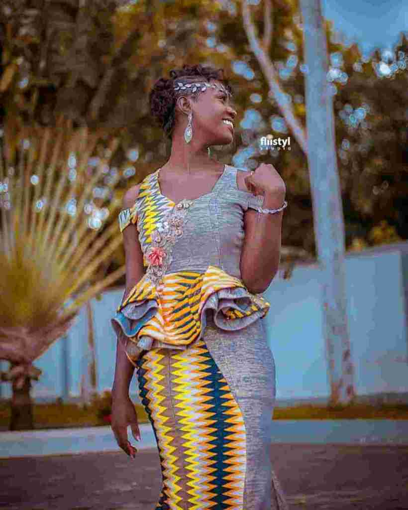 STYLISH AND GLAMOUROUS GHANA KENTE STYLES IN 2019 8