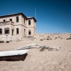 Ghost town Kolmanskop mine between Lüderitz and Walvis Bay