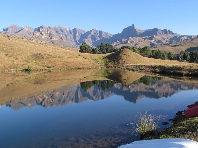 Drakensberg:The mountain of dragon in South Africa