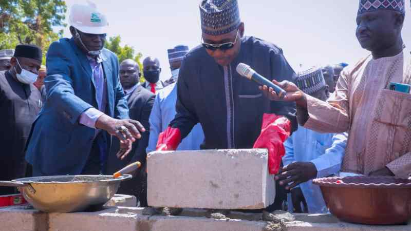 Zulum Lays Foundation For N2b Bus Terminal With 593 Shops, Market stalls